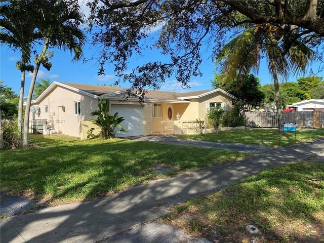 4621 Johnson St, Hollywood, FL 33021 (MLS #A11115002) :: Rivas Vargas Group