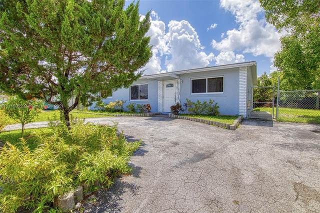 7722 SW 9th St, North Lauderdale, FL 33068 (MLS #A11115052) :: Dalton Wade Real Estate Group