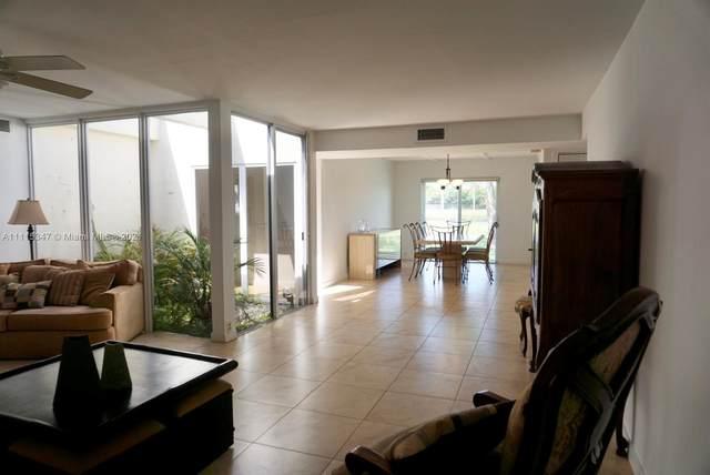 7601 SW 102nd Pl, Miami, FL 33173 (MLS #A11115347) :: Prestige Realty Group