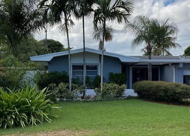 3300 Hibiscus Place, Miramar, FL 33023 (MLS #A11115434) :: Green Realty Properties