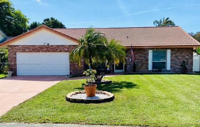 7110 NW 45th St, Coral Springs, FL 33065 (MLS #A11115440) :: Rivas Vargas Group