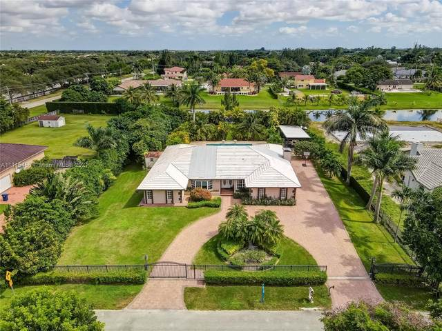 3351 SW 141st Ave, Miramar, FL 33027 (MLS #A11115486) :: Green Realty Properties