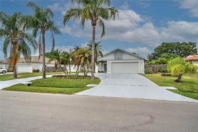 2581 SE Caladium Ave, Port Saint Lucie, FL 34952 (MLS #A11115574) :: Rivas Vargas Group