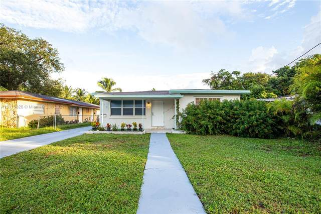 2707 Grant St, Hollywood, FL 33020 (MLS #A11115826) :: THE BANNON GROUP at RE/MAX CONSULTANTS REALTY I