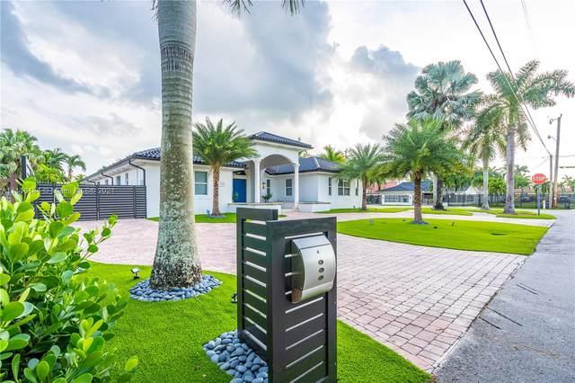 11390 SW 30th St, Miami, FL 33165 (MLS #A11116144) :: Rivas Vargas Group