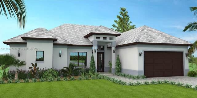 2739 48th Ave. Ne, Naples, FL 34120 (#A11116278) :: Posh Properties