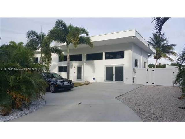 406 Venice Dr, Boynton Beach, FL 33426 (MLS #A11116885) :: Jo-Ann Forster Team