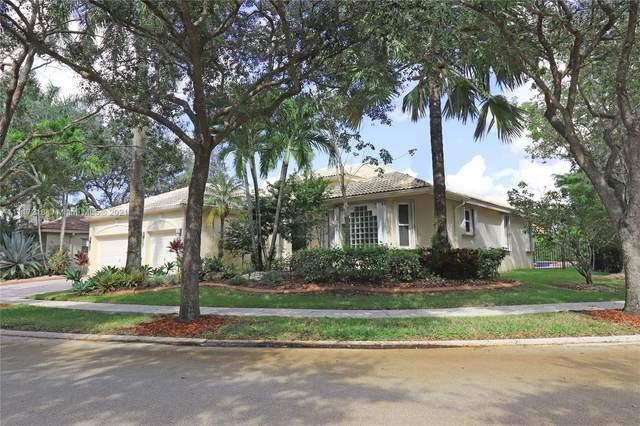 3736 Oak Ridge Cir, Weston, FL 33331 (MLS #A11117218) :: Patty Accorto Team