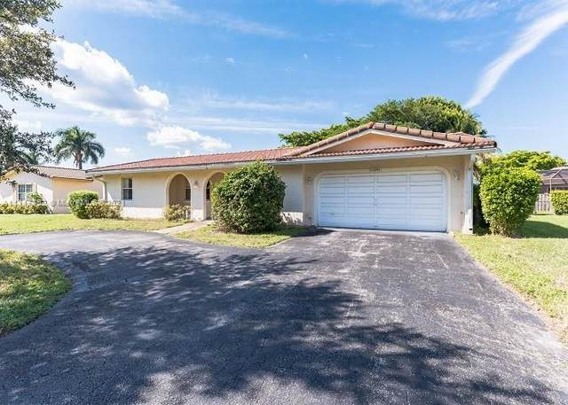 11241 NW 43rd St, Coral Springs, FL 33065 (MLS #A11117452) :: Patty Accorto Team