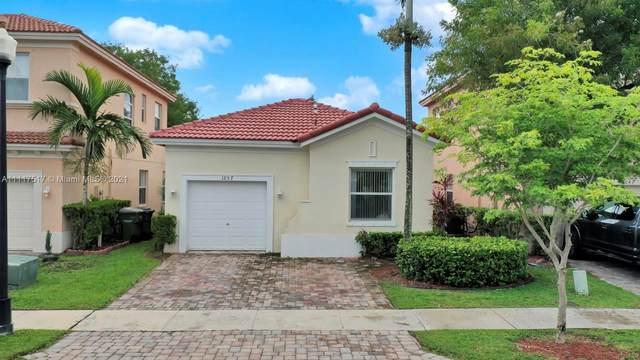 1057 NE 40th Rd, Homestead, FL 33033 (MLS #A11117517) :: GK Realty Group LLC