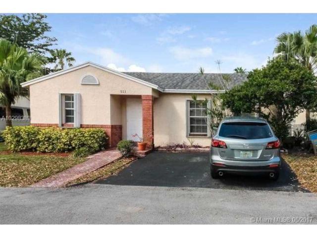 511 Danville Ter, Davie, FL 33325 (MLS #A10298389) :: The Chenore Real Estate Group