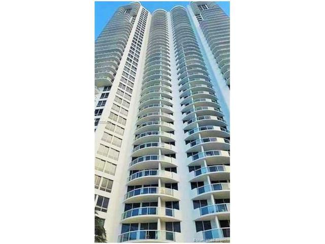 6365 Collins Ave #2102, Miami Beach, FL 33141 (MLS #A10330493) :: The Riley Smith Group