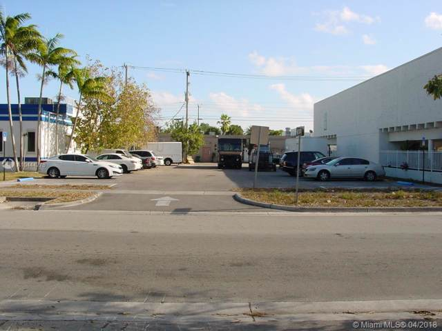 84 NE 168th St, North Miami Beach, FL 33162 (MLS #A10444278) :: Grove Properties