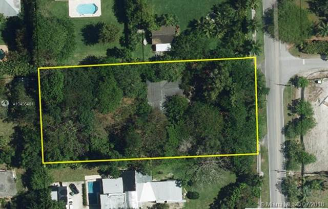 11600 SW 77th Ave, Pinecrest, FL 33156 (MLS #A10496481) :: Grove Properties