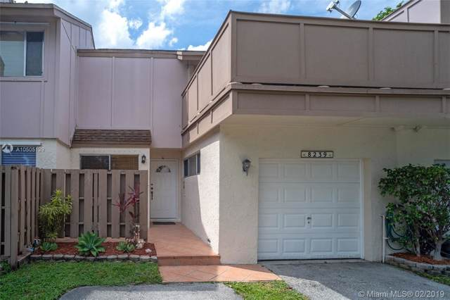 8239 NW 8th St #3, Plantation, FL 33324 (MLS #A10505129) :: The Teri Arbogast Team at Keller Williams Partners SW