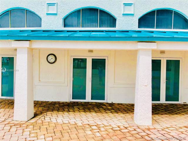16445 Collins Ave Pc-2, Sunny Isles Beach, FL 33160 (MLS #A10531353) :: Berkshire Hathaway HomeServices EWM Realty