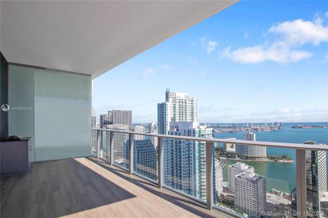 1010 Brickell Av #4705, Miami, FL 33131 (MLS #A10580242) :: Berkshire Hathaway HomeServices EWM Realty