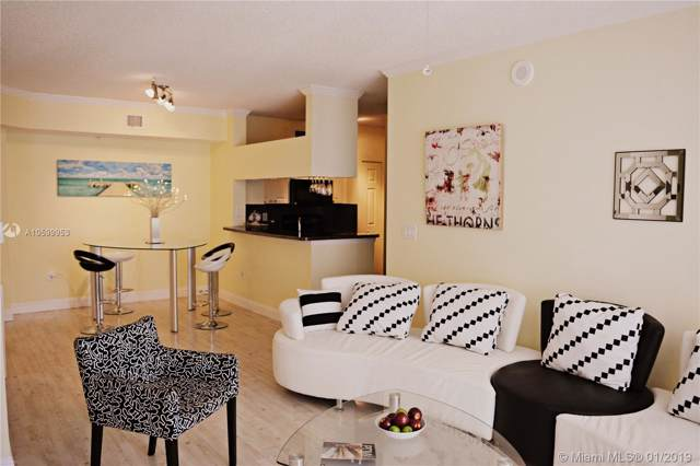 17100 N Bay Rd #1910, Sunny Isles Beach, FL 33160 (MLS #A10599953) :: Green Realty Properties