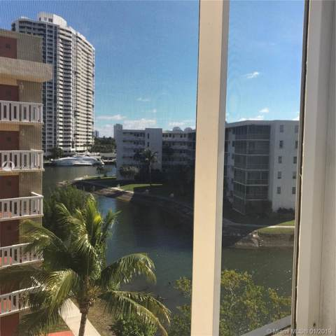2930 Point East Dr E506, Aventura, FL 33160 (MLS #A10604490) :: Castelli Real Estate Services