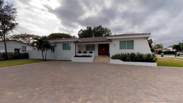 9898 SW 32nd St, Miami, FL 33165 (MLS #A10606191) :: Prestige Realty Group