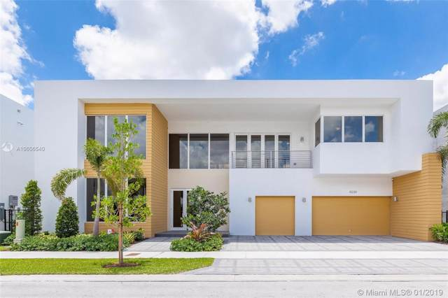 10230 NW 74th Terrace, Doral, FL 33178 (MLS #A10606540) :: Prestige Realty Group
