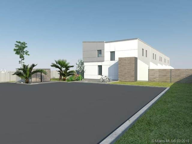 4650 SW 33rd Ave, Dania Beach, FL 33312 (#A10614099) :: Posh Properties