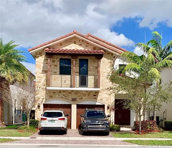 10433 NW 70th Ln, Doral, FL 33178 (MLS #A10619363) :: Berkshire Hathaway HomeServices EWM Realty