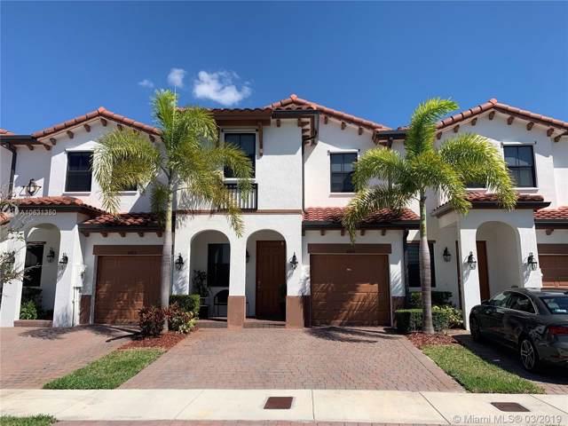 8811 NW 102nd Ct, Miami, FL 33178 (MLS #A10631350) :: Berkshire Hathaway HomeServices EWM Realty