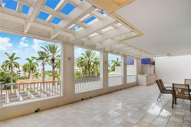 785 Crandon Blvd #303, Key Biscayne, FL 33149 (MLS #A10635064) :: Berkshire Hathaway HomeServices EWM Realty
