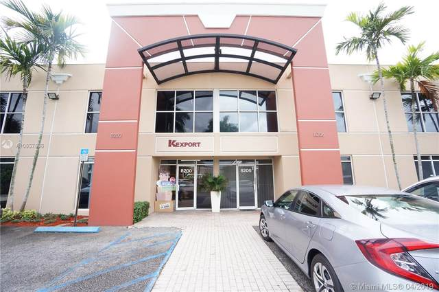 8206 NW 30th Ter, Doral, FL 33122 (MLS #A10657836) :: The Teri Arbogast Team at Keller Williams Partners SW