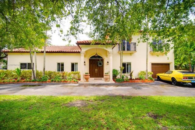 11700 SW 80 Road, Pinecrest, FL 33156 (MLS #A10676614) :: Grove Properties