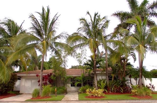 10603 NE 10th Pl, Miami Shores, FL 33138 (MLS #A10677999) :: Berkshire Hathaway HomeServices EWM Realty