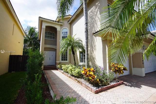 10744 NW 70 ST, Doral, FL 33178 (MLS #A10688296) :: Berkshire Hathaway HomeServices EWM Realty