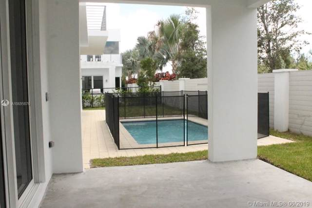 10258 NW 74th Ter, Miami, FL 33178 (MLS #A10695876) :: ONE   Sotheby's International Realty