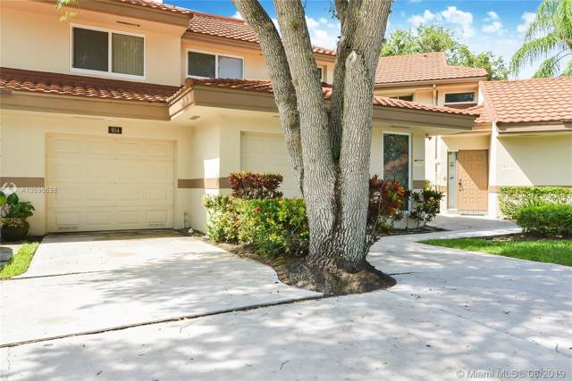 954 NW 92nd Ter #954, Plantation, FL 33324 (MLS #A10696638) :: Grove Properties