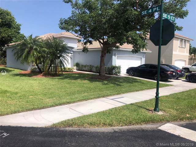 2490 SE 5th Ct, Homestead, FL 33033 (MLS #A10697913) :: Berkshire Hathaway HomeServices EWM Realty
