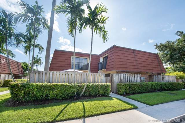 9871 NW 6 Court, Plantation, FL 33324 (MLS #A10705852) :: The Paiz Group