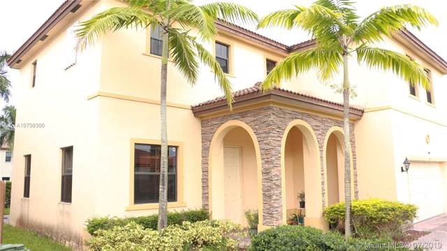117 SE 36th Pl, Homestead, FL 33033 (MLS #A10708300) :: Berkshire Hathaway HomeServices EWM Realty