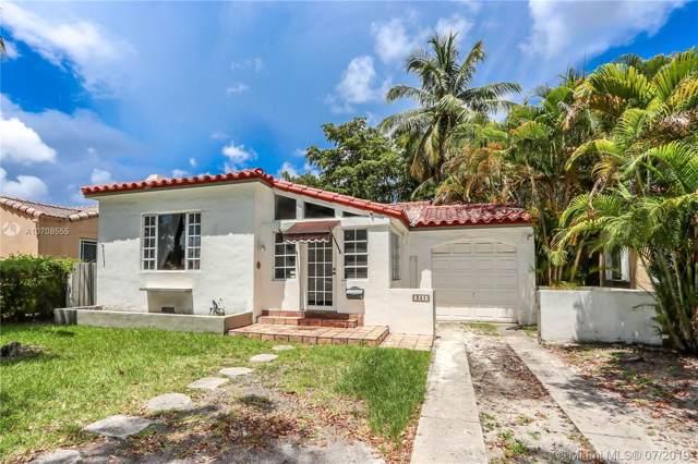 341 SW 31st Rd, Miami, FL 33129 (MLS #A10708555) :: The Paiz Group