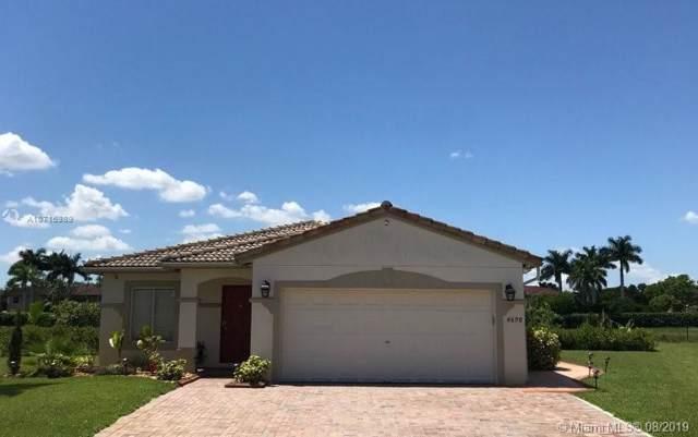 4698 SW 134th Ave, Miramar, FL 33027 (MLS #A10716989) :: The Paiz Group