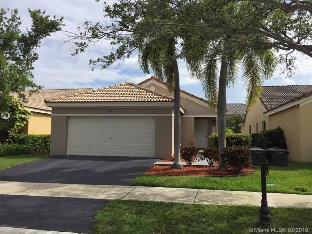 1402 Sabal Trl, Weston, FL 33327 (MLS #A10718356) :: Green Realty Properties