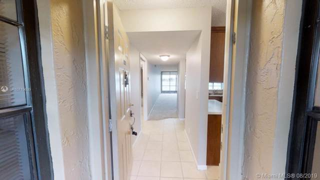 6209 Coral Lake Dr #109, Margate, FL 33063 (MLS #A10719639) :: Grove Properties