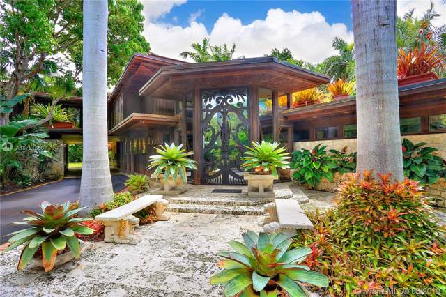 5045 SW 82nd St, Miami, FL 33143 (MLS #A10721560) :: Prestige Realty Group