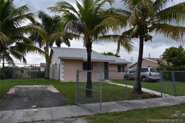 15923 SW 304 Terr, Homestead, FL 33033 (MLS #A10727340) :: Berkshire Hathaway HomeServices EWM Realty