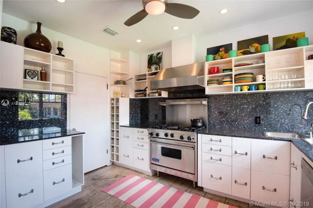 756 Meridian Ave 12A, Miami Beach, FL 33139 (MLS #A10733026) :: Grove Properties