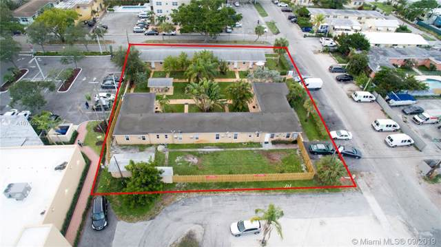 1822 Dixianna St, Hollywood, FL 33020 (MLS #A10735232) :: The Jack Coden Group