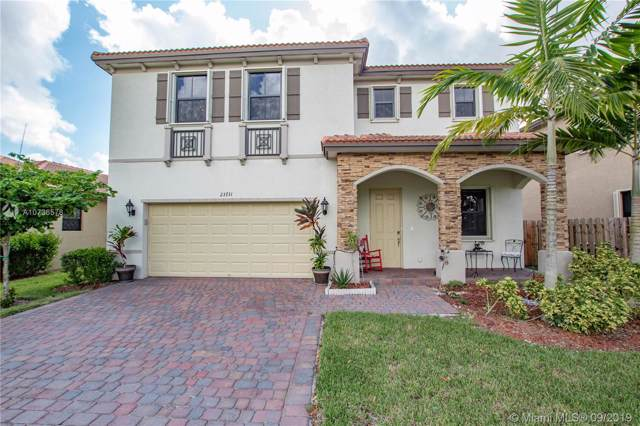 23731 SW 118th Pl, Homestead, FL 33032 (MLS #A10736578) :: Grove Properties