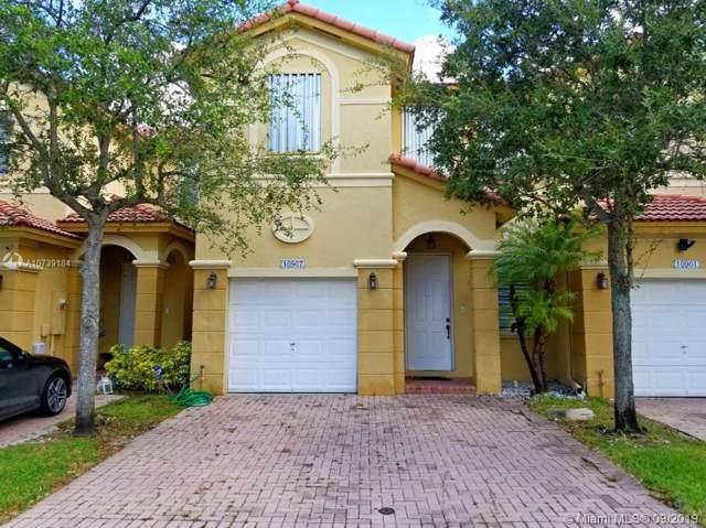 10907 NW 78th Ter, Doral, FL 33178 (MLS #A10739184) :: Berkshire Hathaway HomeServices EWM Realty