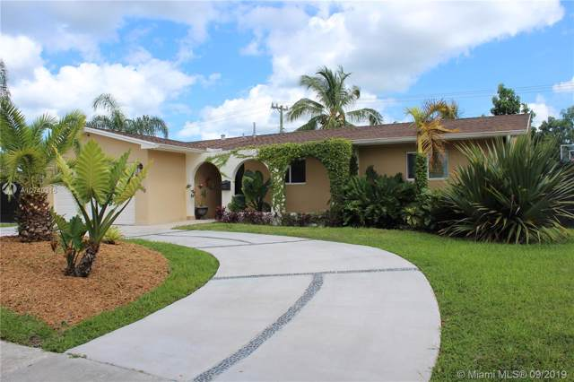 8960 Caribbean Blvd, Cutler Bay, FL 33157 (MLS #A10740316) :: The Adrian Foley Group