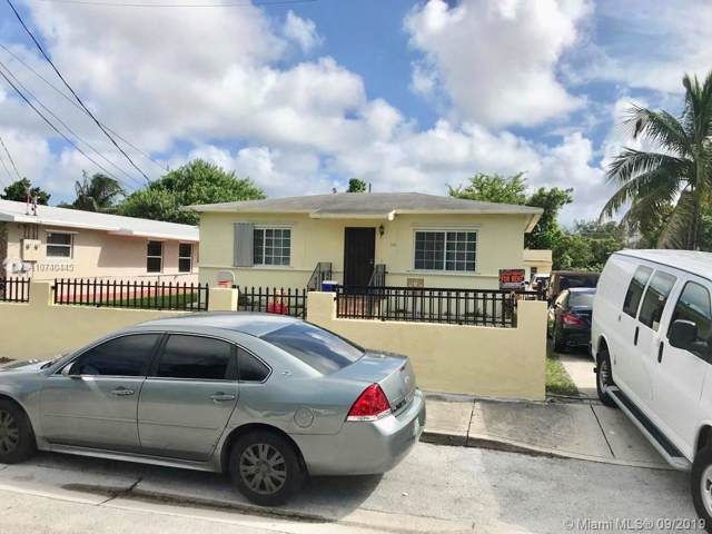 370 NW 33rd St, Miami, FL 33127 (MLS #A10740445) :: The Riley Smith Group